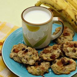 Banana Oatmeal Raisin Cookies