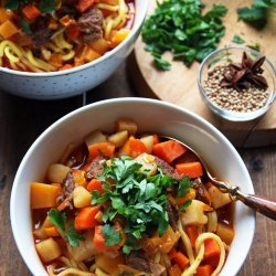 Beef Vegetable Soup With Noodles