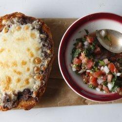 Mollete (Mexican Food)