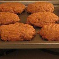 Almost Flourless Peanut Butter Cookies (Gluten Free)