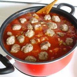 Zesty Spaghetti Sauce With Sausage