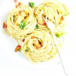 Spaghetti With Brussels Sprouts and Bacon