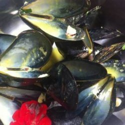 Mussels and Saffron Pilaf