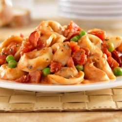 Hunt's® Tomato and Bacon Tortellini