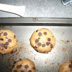 Smiley Chewy Chocolate Chip Cookies