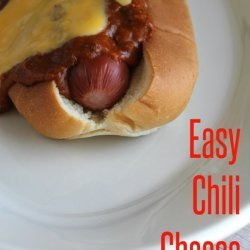 Mom's Chili Cheese Dogs