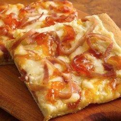 Prosciutto and Goat Cheese Pizza