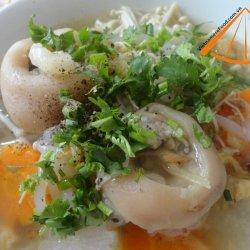 Vietnamese Pork Leg Rice Spaghetti Soup Recipe (Banh Canh Gio He