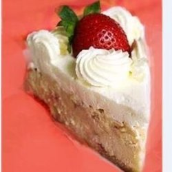 Strawberry Graham Cheesecake With Chilled Cream Topping