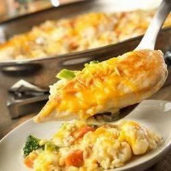 Cheesy Chicken & Rice Skillet
