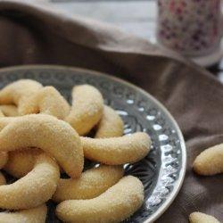 Vanilla Crescent Cookies Vanillekipferl
