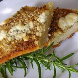 Rosemary Blue Cheese Garlic Bread recipe