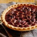 Bourbon Pecan Pie: aka Douglas' Dark Rum Pecan Pie (Paula Deen)