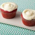 Red Velvet Cupcakes with Cream Cheese Frosting (Paula Deen)