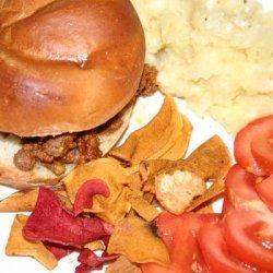 Ropa Vieja Joses (Cuban Sloppy Joes), Sliced Tomatoes, Plantain Chips and Mojo Sauce (Rachael Ray)
