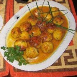Albondigas Al Azafran - Meatballs In Saffron Tomat...