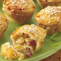 Tiny Ham And Pineapple Pot Pies