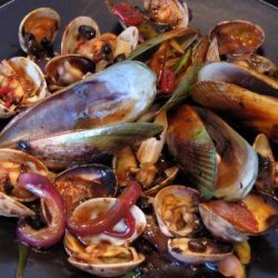 Clams And Mussels In Black Bean Sauce