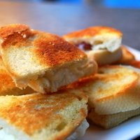Brie And Grape Grilled Cheese