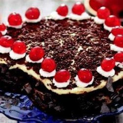 Şerbetli Kalpli Yaş Pasta Tarifi recipe