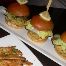 Crab Cake Sliders With Avocado