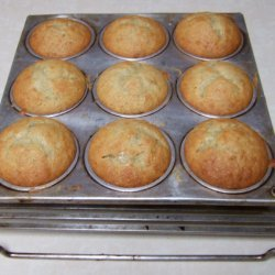 Simple And Best Banana Muffins