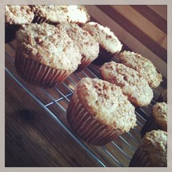 Whole Wheat Banana Muffins With Graham-pecan Toppi... recipe