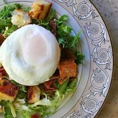 Poached Egg And Bacon Salad - Salad Lyonnaise