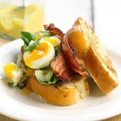 Beautiful Bacon N Egg Salad Sandwiches
