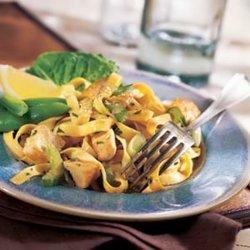 Chinese-style Chicken Pasta Salad