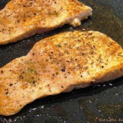 Spice-Crusted Salmon with Ginger-Cilantro Yogurt Sauce