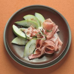 Pear Wedges with Prosciutto and Mint recipe
