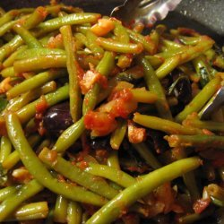 Sauteed String Beans With Tomatoes And Olives