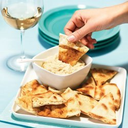 Creamy Artichoke Dip with Pita Chips