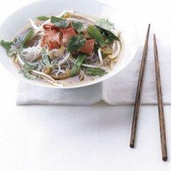 Vietnamese-Style Beef Noodle Soup