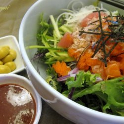 Raw Fish And Salad On Rice Bowl Hwe Dup Bab recipe