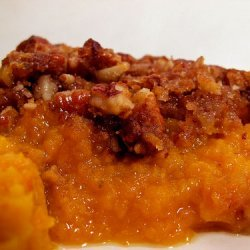 Mashed Sweet Potatoes With Oatmeal Cookie Topping