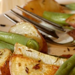 Roasted Rosemary Red Potatoes With Green Beans