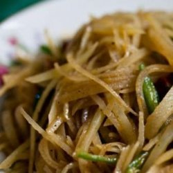 Chinese Hot, Sweet & Sour Shredded Potatoes