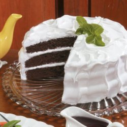 Brown Velvet Cake With Fluffy White Frosting