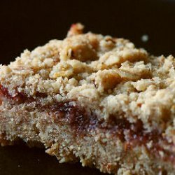 Delicious Raspberry Walnut Shortbread Bars