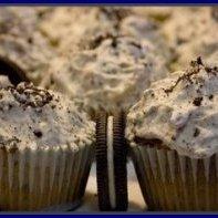 Easy Oreo Cheesecake Cupcakes