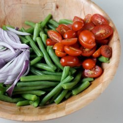 Green Bean and Red Onion Salad