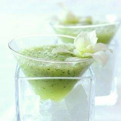 Cucumber Sake-Tini
