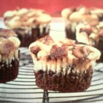 Black-bottom Apple Cupcakes