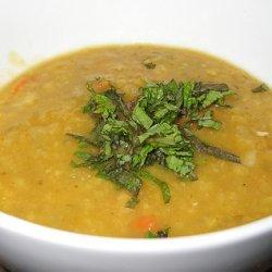 Split Pea Soup With Mint