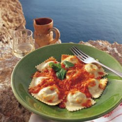Potato and Cheese Ravioli with Fresh Tomato Sauce recipe