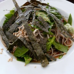 Cold Soba Noodle Toasted Nori And Spinach Soup recipe