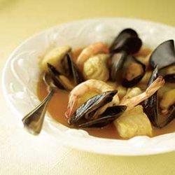 Bouillabaisse Style Fish Stew