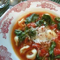 Chicken Spinach Tortellini Soup